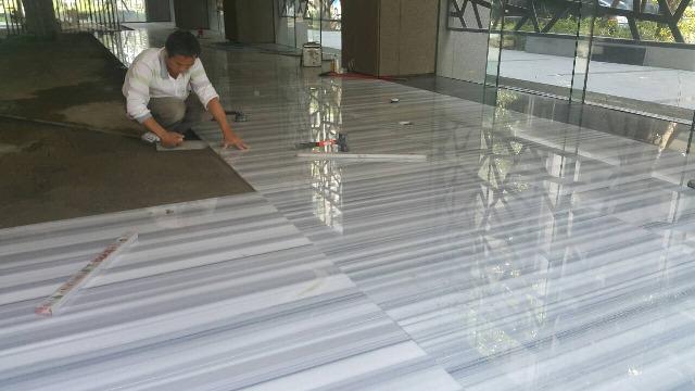 大廳石材施工