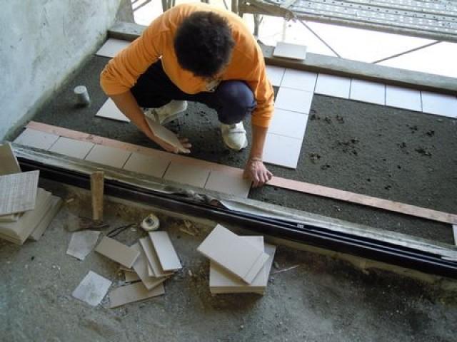 陽台地磚鋪貼